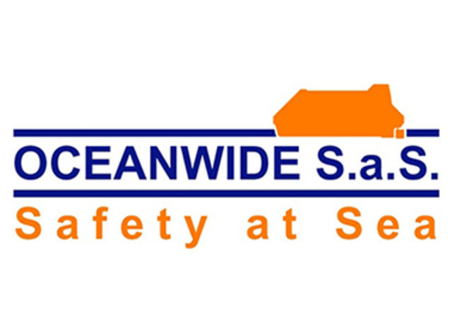 Oceanwide SAS Becomes Seaflex Waterbag Rental Base in Rotterdam