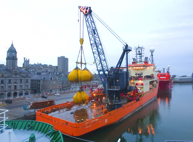 Proof load test completed on 250t crane and lifeboats on dive support vessel