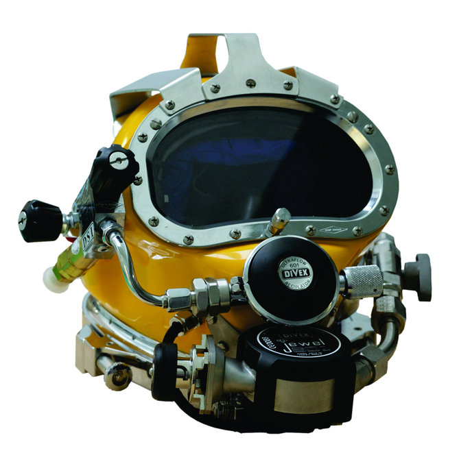 DIVEX RECLAIM, Helmet with Jewel 601 Regulator