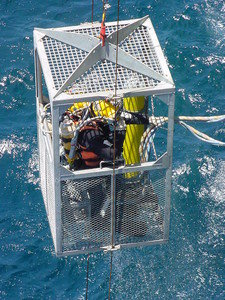 LR50 A2, 2 Diver Open Cage Launch & Recovery System
